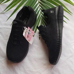 Women's Knit Pull-On Sneakers - S Sport Black